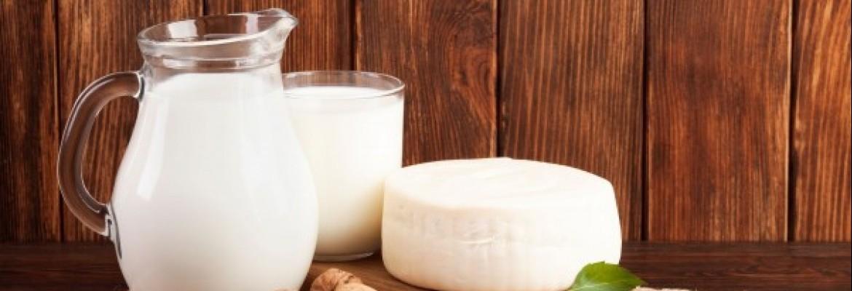 Lietuviško pieno eksportas pernai susitraukė – žaliava liko namų rinkoje, nes perdirbėjai už ją mokėjo daugiau