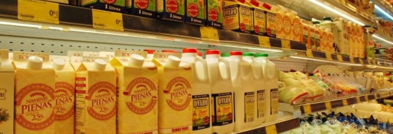 Pieno perdirbta mažiau dėl kritusio eksporto